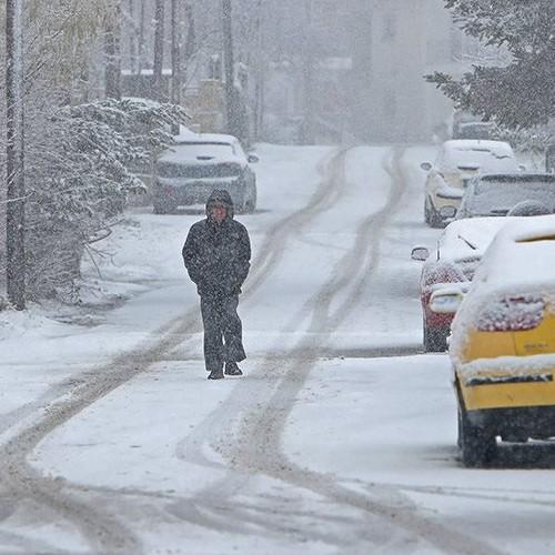 Χιονοπτώσεις σε χαμηλά υψόμετρα στη βόρεια Ελλάδα και βροχές στα πεδινά αύριο Πέμπτη.