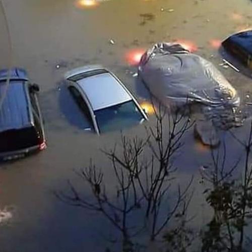 Μεγάλες καταστροφές στην Σμύρνη.
