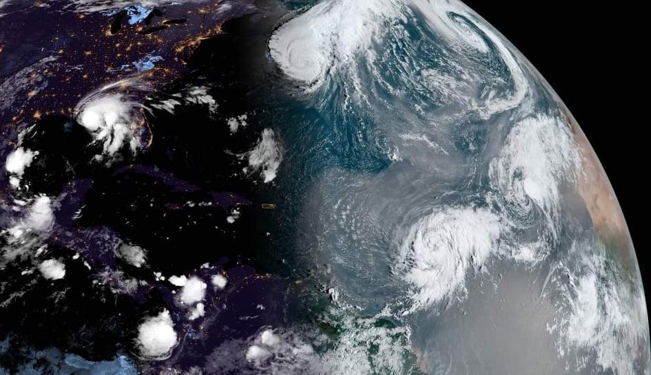 Τέσσερα (4) οργανωμένα συστήματα καταιγίδων στον Ατλαντικό Ωκεανό