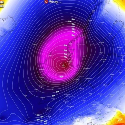 Χειμερινή καταιγίδα στη Βόρεια Θάλασσα και τη Σκανδιναβία