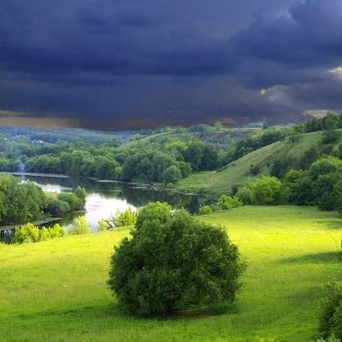 Τοπικές βροχοπτώσεις στην κεντρική και βόρεια Ελλάδα αύριο Κυριακή.