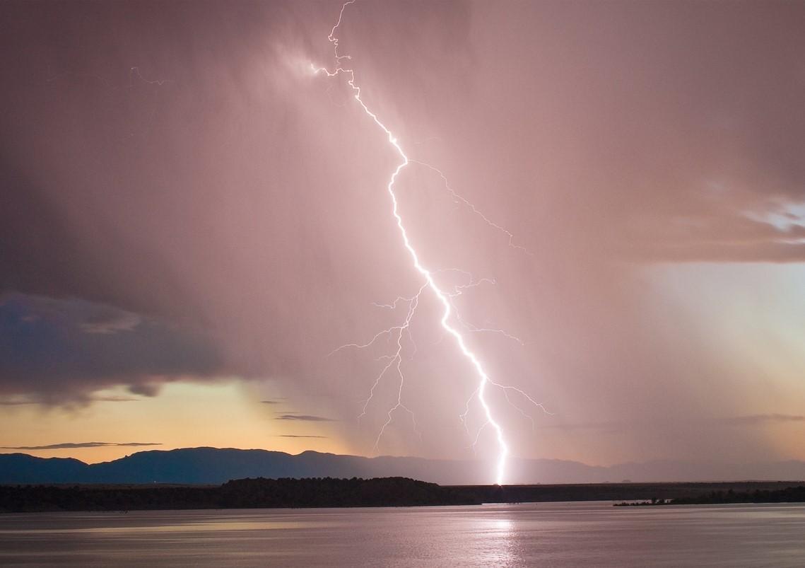 Αλλαγή του καιρικού σκηνικού με βροχές και καταιγίδες για αύριο Κυριακή
