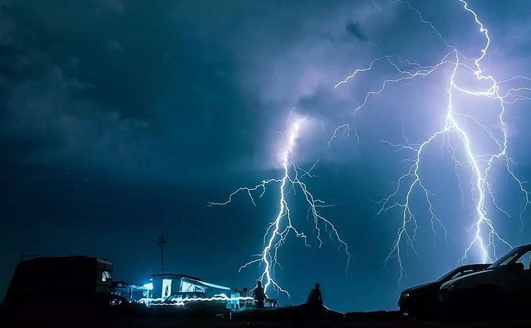 Έκτακτο δελτίο. Ισχυρές καταιγίδες το επόμενο 24ωρο στον Ν. Αττικής.