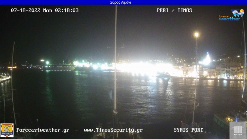 Τυχαία εικόνα από τις κάμερες Σύρος Λιμάνι